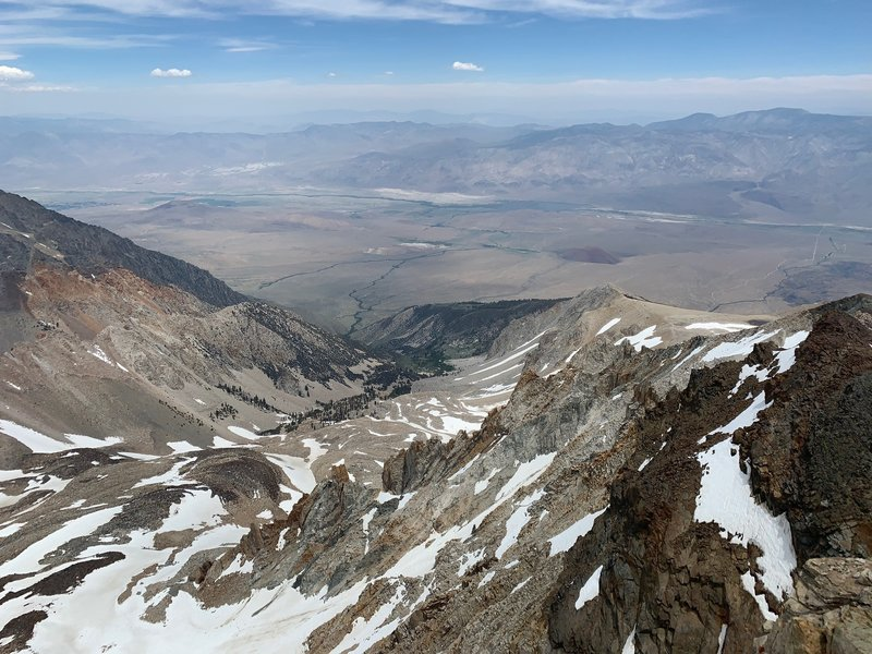Looking into the owens valley from summit