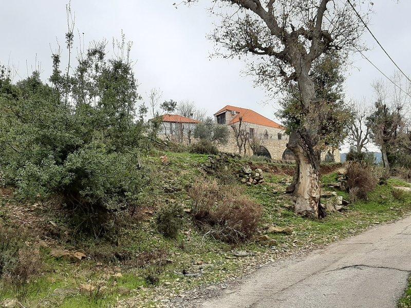 House at the beginning of Mazraat et Teffah.