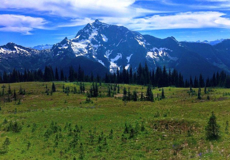 Jack Mountain dwarfs the trees along the Devils Ridge Trail.