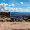 Wherever you look, the vast canyon landscape unfolds in front of you