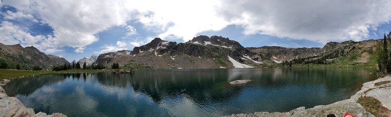 Panorama of Lake Solitude