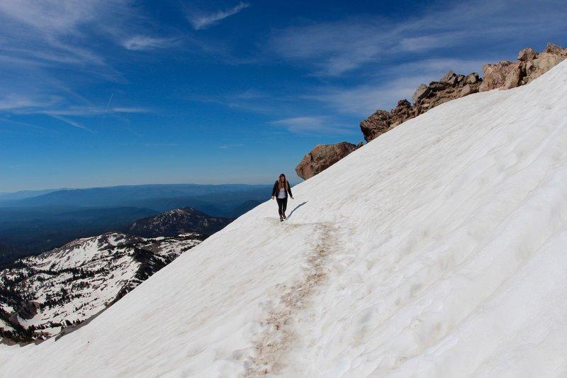 Lassen Peak: Stay on snowy trail