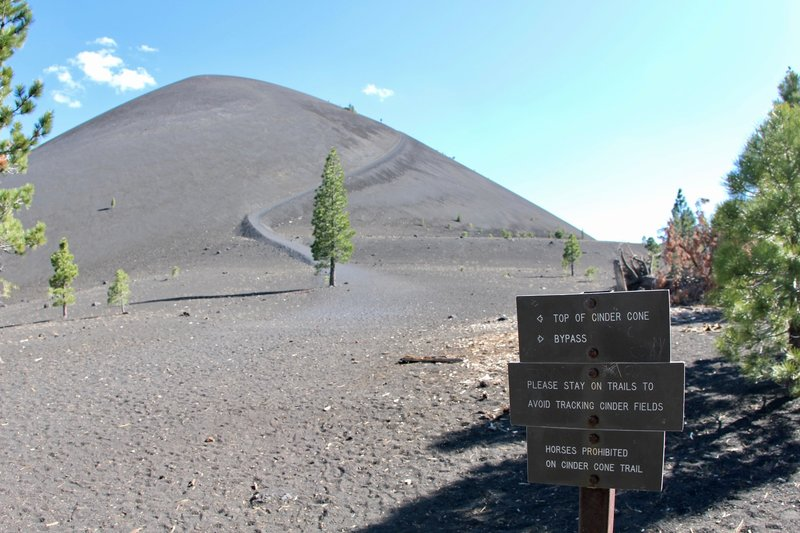 Cinder Cone Trail: Read and obey the signs