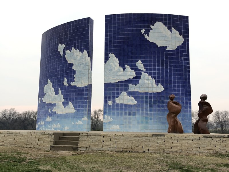 I will redo this pic when there is a blue sky...I promise!  Blue Sky Sculpture