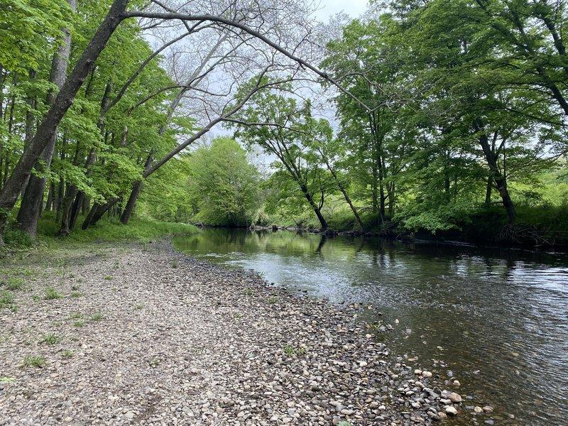 Pomperaug River