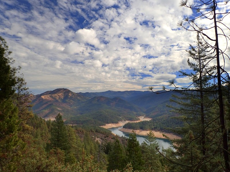 View of Little Greyback Mountain and Applegate Lake from the Collings Mountain Trail