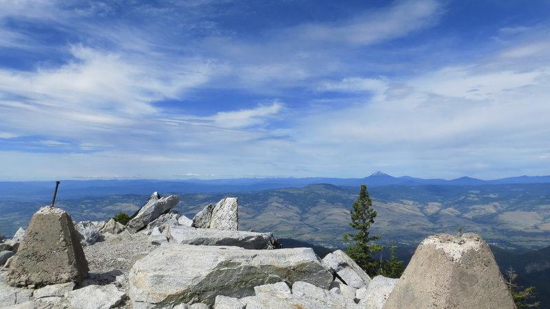 Facing northeast,  looking at Mt. Mcloughlin.