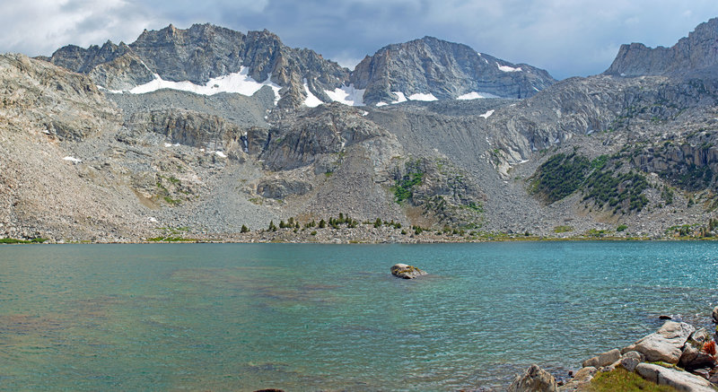 Packsaddle Lake and Matthes Glaciers. As everywhere, the glaciers have gotten a lot smaller over the last 50 years.