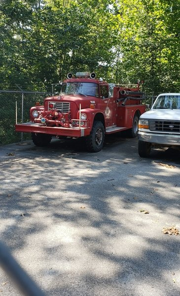 Old tyme fire truck