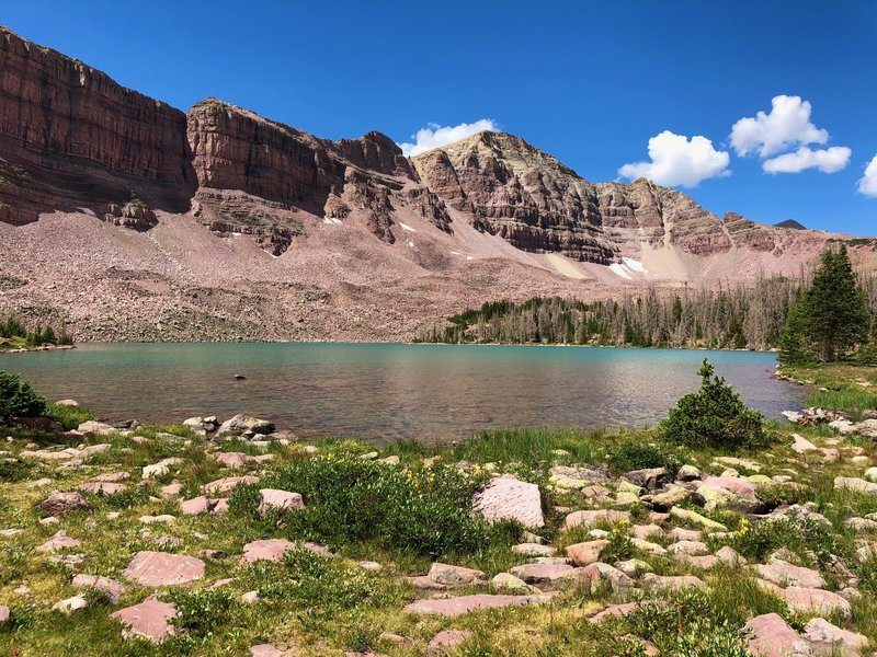 Dead Horse Lake and Pass