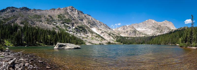 Panorama of Thunder Lake.