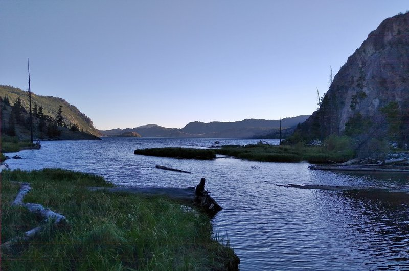A quiet evening at the remote northeast end of Fremont Lake.