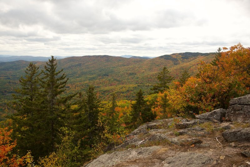 The ledge near the top of Doublehead Trail which provides excellent views of Squam Lake and the surrounding mountains