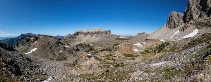 Basin just below Buck Mountain and Static Peak.