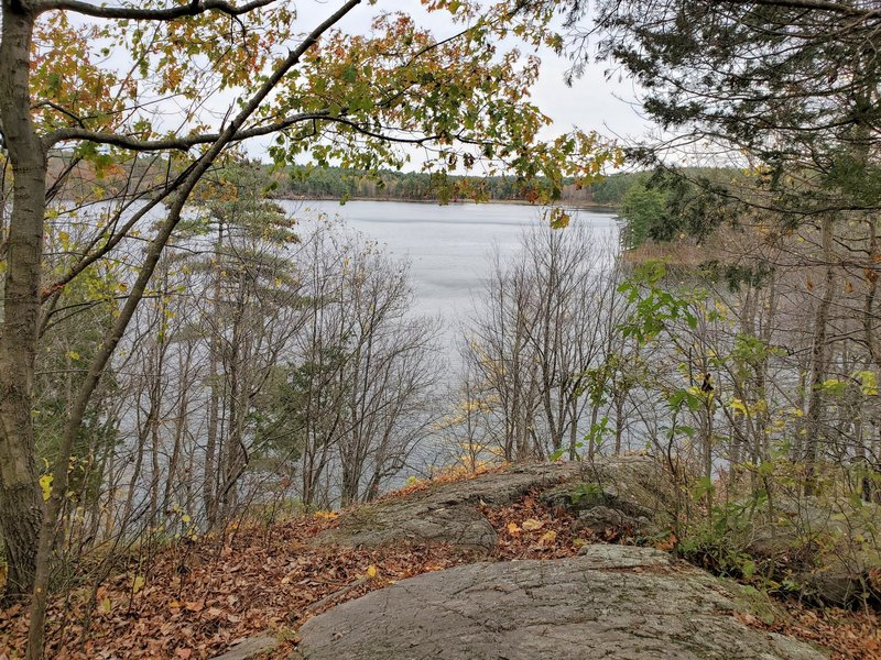 Lookout over Doe Lake.