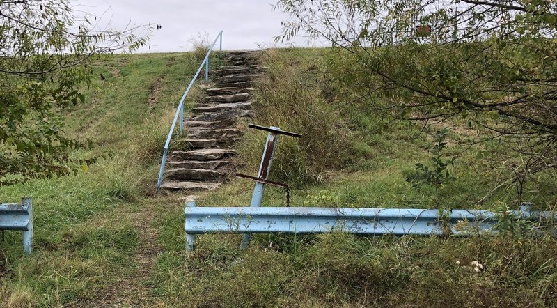 Rustic steps from parking on Mohawk Boulevard up to the Lake Yahola Perimeter Trail.