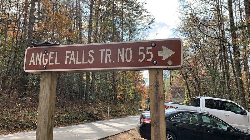 Trailhead for Angel Falls