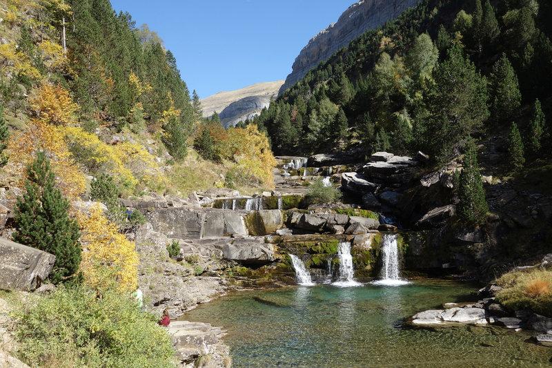 Gradas de Soaso (Soasa cascades) in autumn