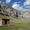 Mountain refuge in Circo del Soaso (Soaso cirque)