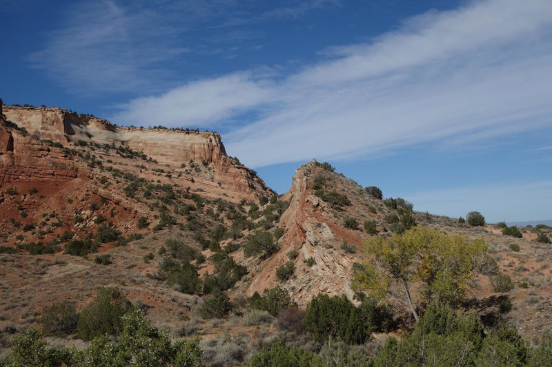 Sandstone notch in the direction of Lizard Canyon northwest viewed from the northmost point of the Wedding Canyon Trail