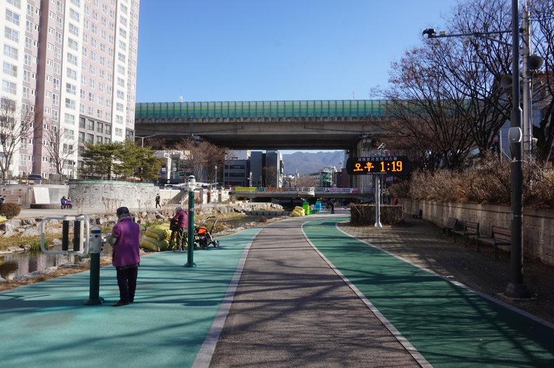 Seoul Trail at Seongnaecheon Stream