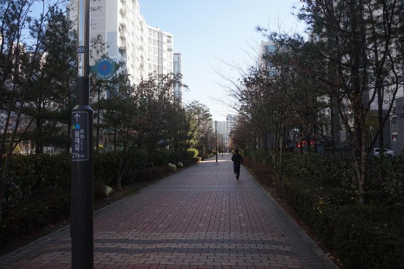 Seoul Trail at Songpa Geulmaru