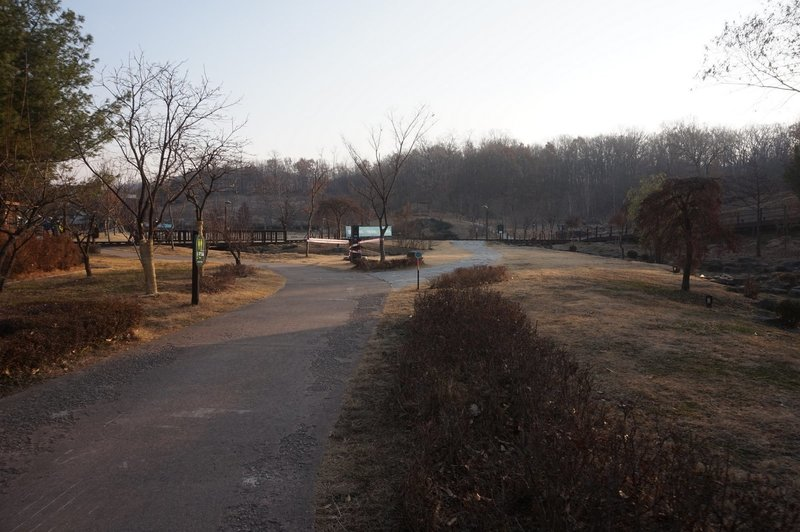 Seoul Trail at Jungnang Campground.