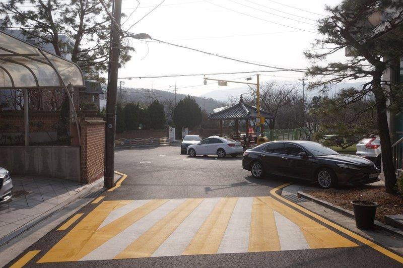 Seoul Trial at Yeomgogan 1-Gil, Yeomgok-Dong
