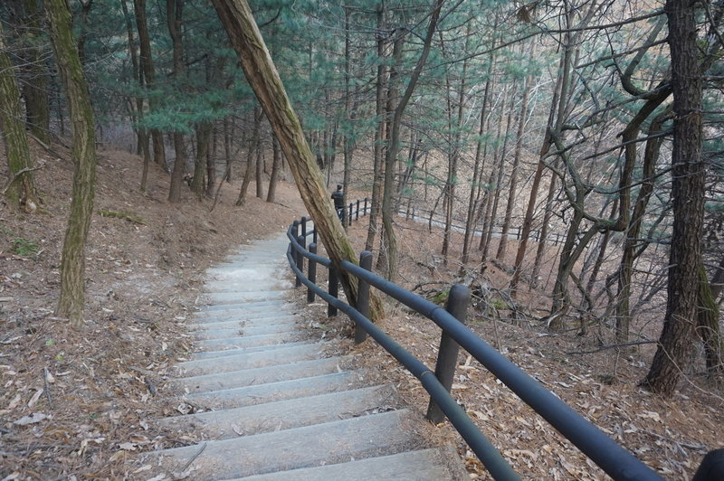 Section 8 of the Seoul Trail at Hyangrobong, taken on 10th of December 2020