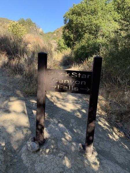 Black Star Falls sign