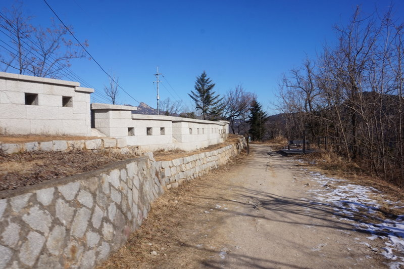 Seoul City Wall Trail towards Changuimun gate.