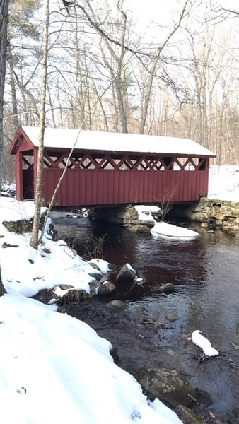 Covered bridge over Chatfield Hollow Brook