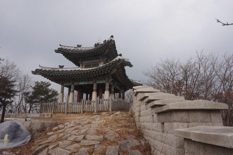Bukhansan Traverse at Yongammun Gate
