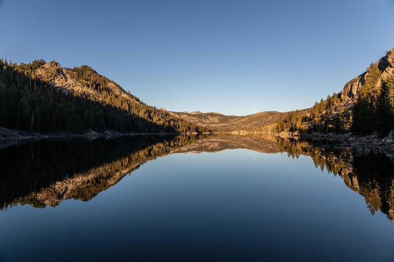 Lower Echo Lake during sunrise.