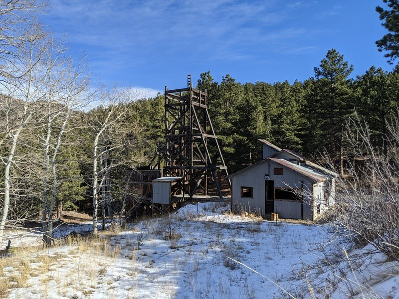 Old mine near the start of the trail
