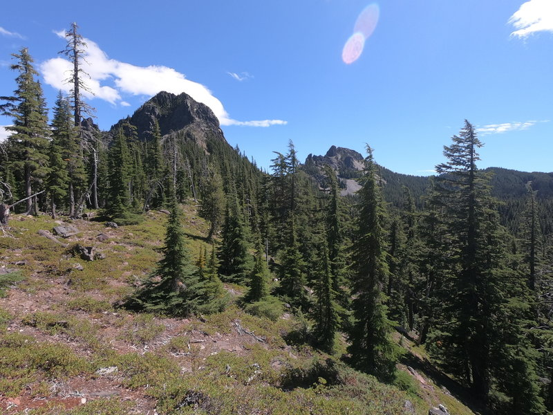 Mt. Yoran from trail approaching Divide Lake