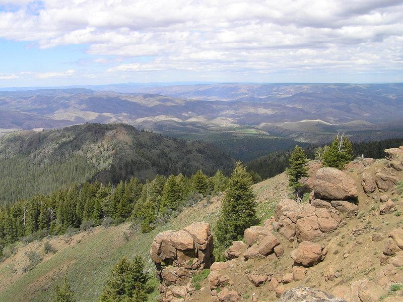 View north from Spanish Peak summit