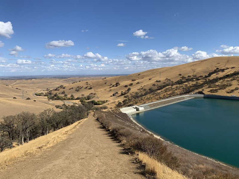 The steep eastern end of the Los Vaqueros Trail.