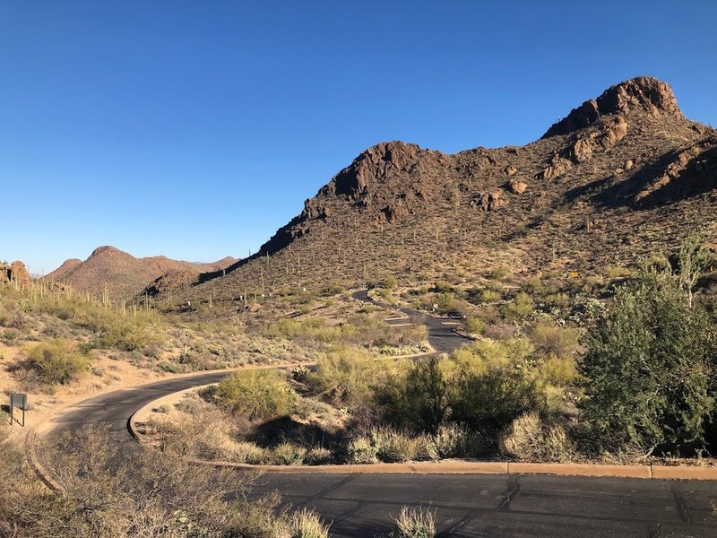 The road leading to the main Gates Pass parking area.