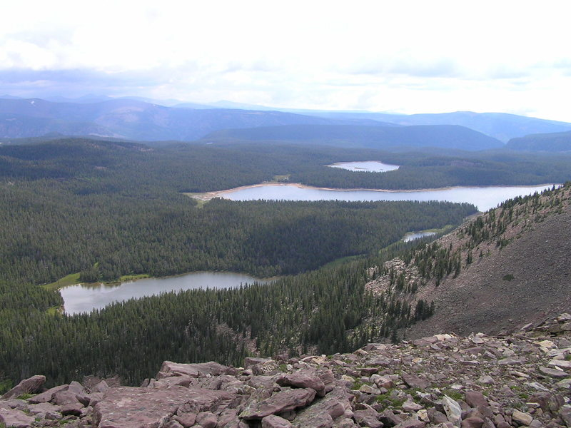 Tworoose, Kidney and Island Lakes from Dry Ridge. (08-17-2005)