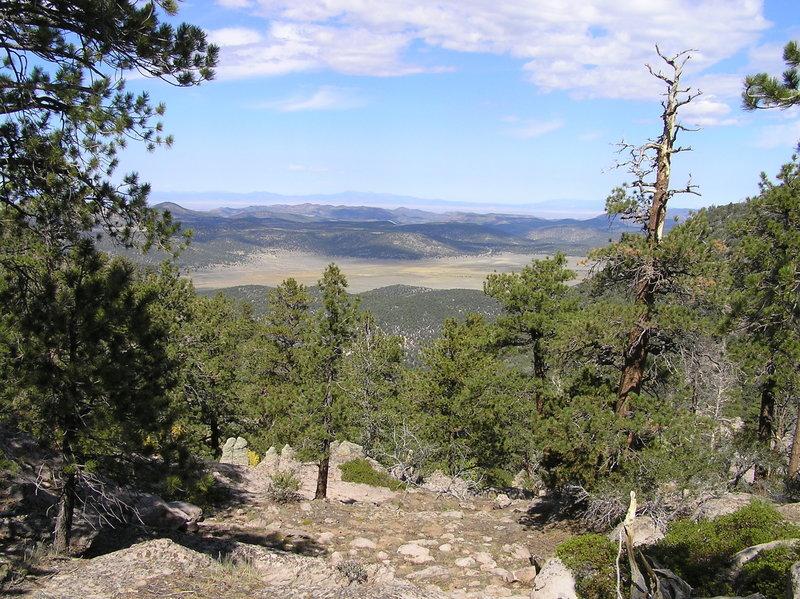 Grass Valley from Gardner Peak Trail. (09-26-2011)