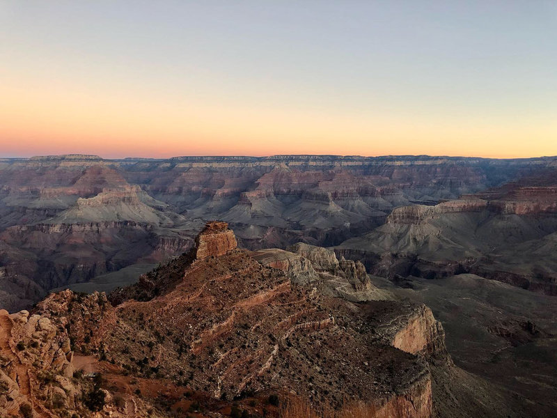View of the Grand Canyon from the South Kaibab Trail at 7:30am
