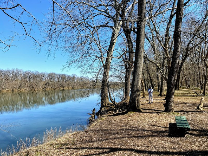 Picnic area along the Potomac River