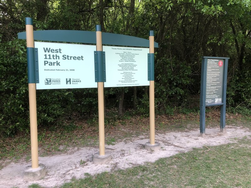 Entrance to West 11th Street Park
