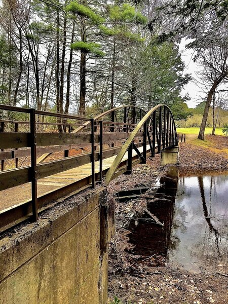 The Black Rock footbridge.