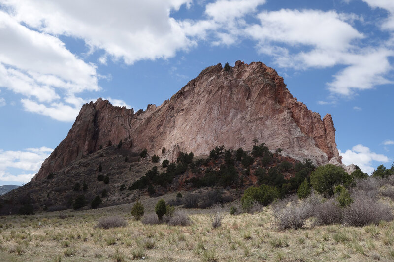 Gray Rock glowing at the Garden of the Gods.