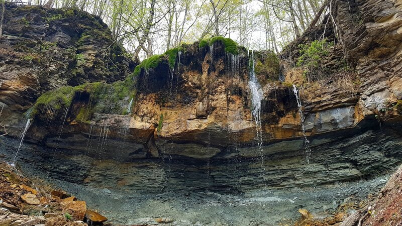 Secret Waterfall located on the Stew Hilts Side Trail. 830 mt side trail that creates a 1.9Km loop with the main Bruce Trail.