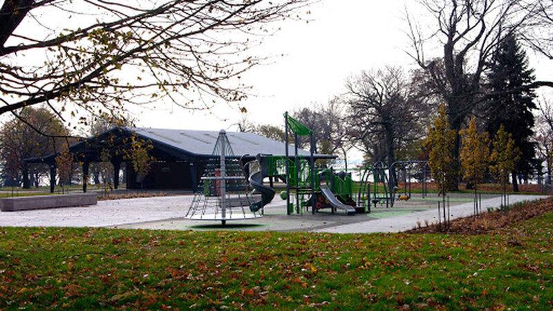Lake Ontario Park splash pad