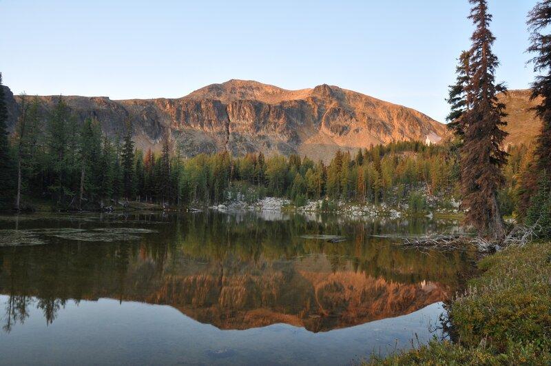 Ramon Lake and Sheep Mountain at sunset.