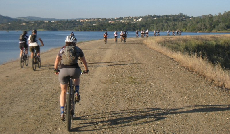 "group ride crossing ""Dike 8"""
